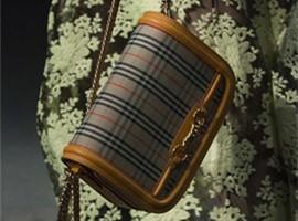 Burberry三季度销售额上涨1%