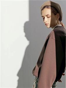 沙与沫2020春款棕色卫衣