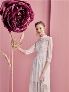 歌锦2020春款白蕾丝连衣裙