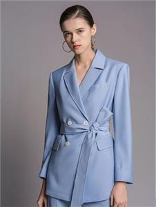 TieForHer2020春款蓝色西装