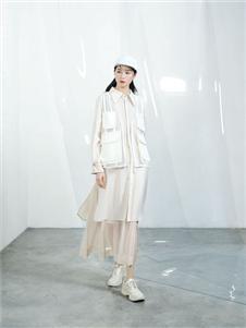 伊迪索2020春款白色套装