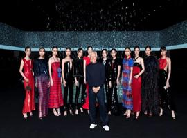 米兰高光时刻:ARMANI先生用12件礼服致敬中国