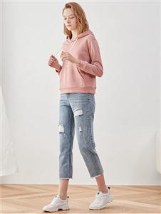 iam272020春款粉色卫衣 款号380166