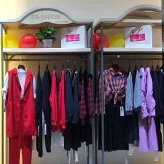 加盟什么品牌女装比较赚钱?武汉地区有什么好的品牌推荐?