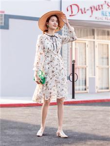 布根香女装印花衬衫裙