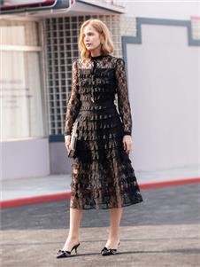 布根香女装时尚连衣裙