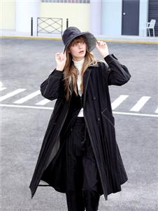 ZOLLE因为女装设计师范黑色外套