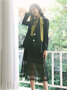 季候風女裝春黑色小西服