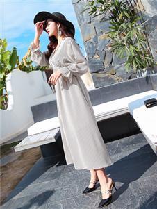 衣艾女装时尚优雅连衣裙