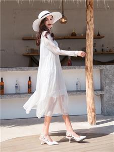 衣艾女装白色气质纱裙