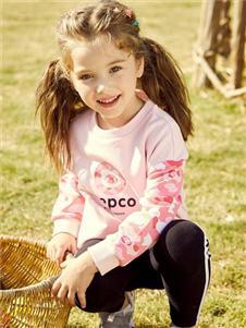 小猪班纳女大童粉色印花卫衣
