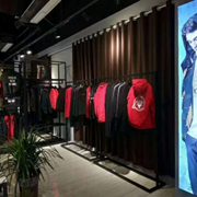 它钴国际男装凭借高品质产品和服务,让创业者的投资热情