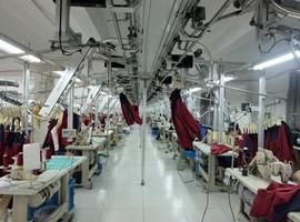 中国雪中送炭助柬埔寨服装业渡难关