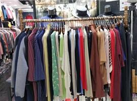 """广州服装批发市场""""直播""""促转型"""