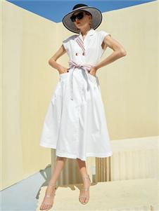 彩知丽CZHLE白色连�衣裙