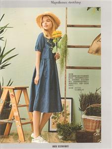 卡熙名品蓝色连衣裙