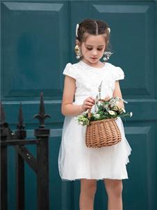 巴迪小虎2020白色连衣裙