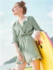夺宝奇兵女装夏新款浅绿色套装