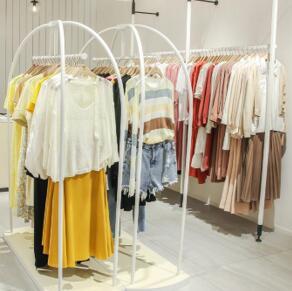 37°生活美學女裝經營|為什么選擇品牌女裝加盟?