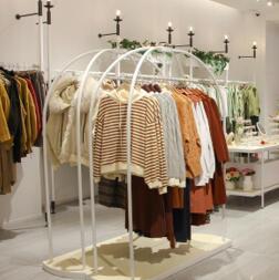女装品牌哪家好?37°生活美学女装几大保障,助你成功开店!