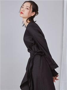 NIIJII设计师女装修身连衣裙