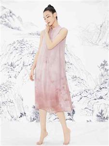见花开粉色连衣裙
