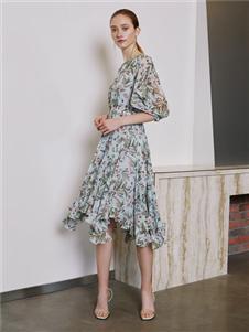 奧倫提女裝2020新款碎花裙