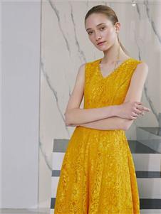 奥伦提2020新款时装连衣裙