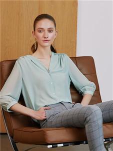 奥伦提女装2020新款浅绿色衬衫