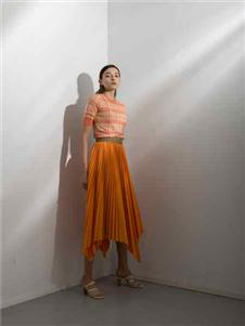 阿莱贝琳2020橘色半√身裙