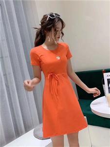 古米娜橙色修身连衣裙