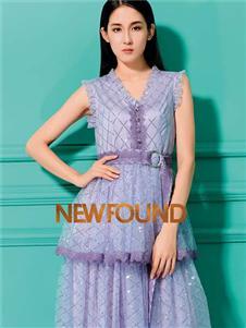 纽方2020夏款紫色连衣裙