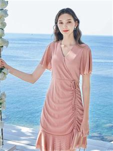 春美多纯色连衣裙