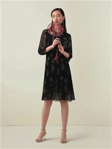 优美世界女装UMISKY优美世界黑色连衣裙