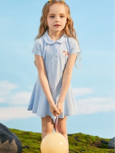 小猪班纳新款可爱裙子