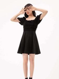果一果女孩修身连衣裙
