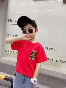小嗨皮男童红色T恤