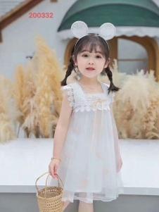 小嗨皮女童时尚可爱裙子