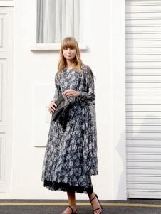 ZOLLE因为2020新款连衣裙