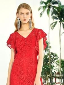 简约风情红色连衣裙