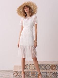 百图夏装白色连衣裙