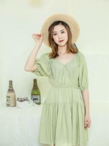 幻彩四季連衣裙