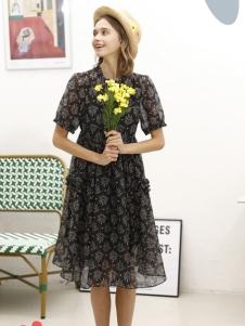CH/2虫二新款连衣裙