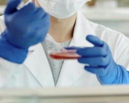 美国12种有毒化学成分将被禁止用于化妆品