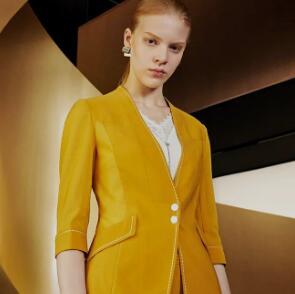 娜尔思:色彩西装,摆脱职场低气压   NAERSI 新品上市