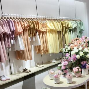 輕價格,高品質女裝品牌,37°生活美學大多女性的選擇!