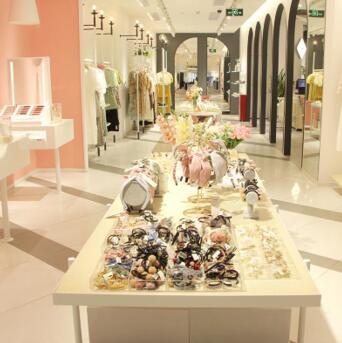 專屬女裝品牌,37°生活美學女裝店款式、價格多元化!
