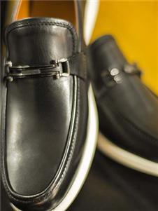 蔓哈顿2020新款皮鞋