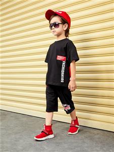 杰米熊男童黑色T恤