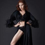 夏娃的诱惑   美到骨子里的真丝单品,让人无法抗拒!